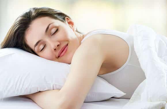 Le manque de sommeil augmente votre poids : vrai ou faux ?